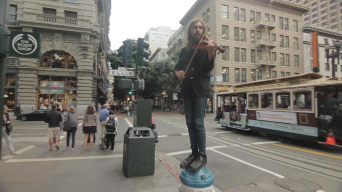 dax-victorino-films_san-francisco-street-violinist